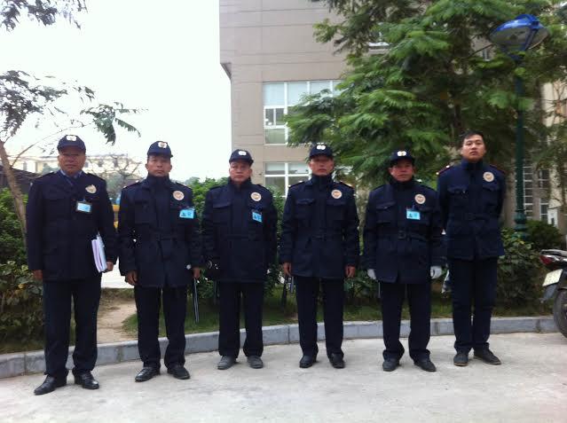 Theo lãnh đạo công ty bảo vệ Thuận Phát, nếu thuê sinh viên trông nhà dịp Tết thì giá rẻ hơn nhưng độ rủi ro mất tài sản cao hơn các nhân viên của công ty bảo vệ (Ảnh: Thuận Phát)