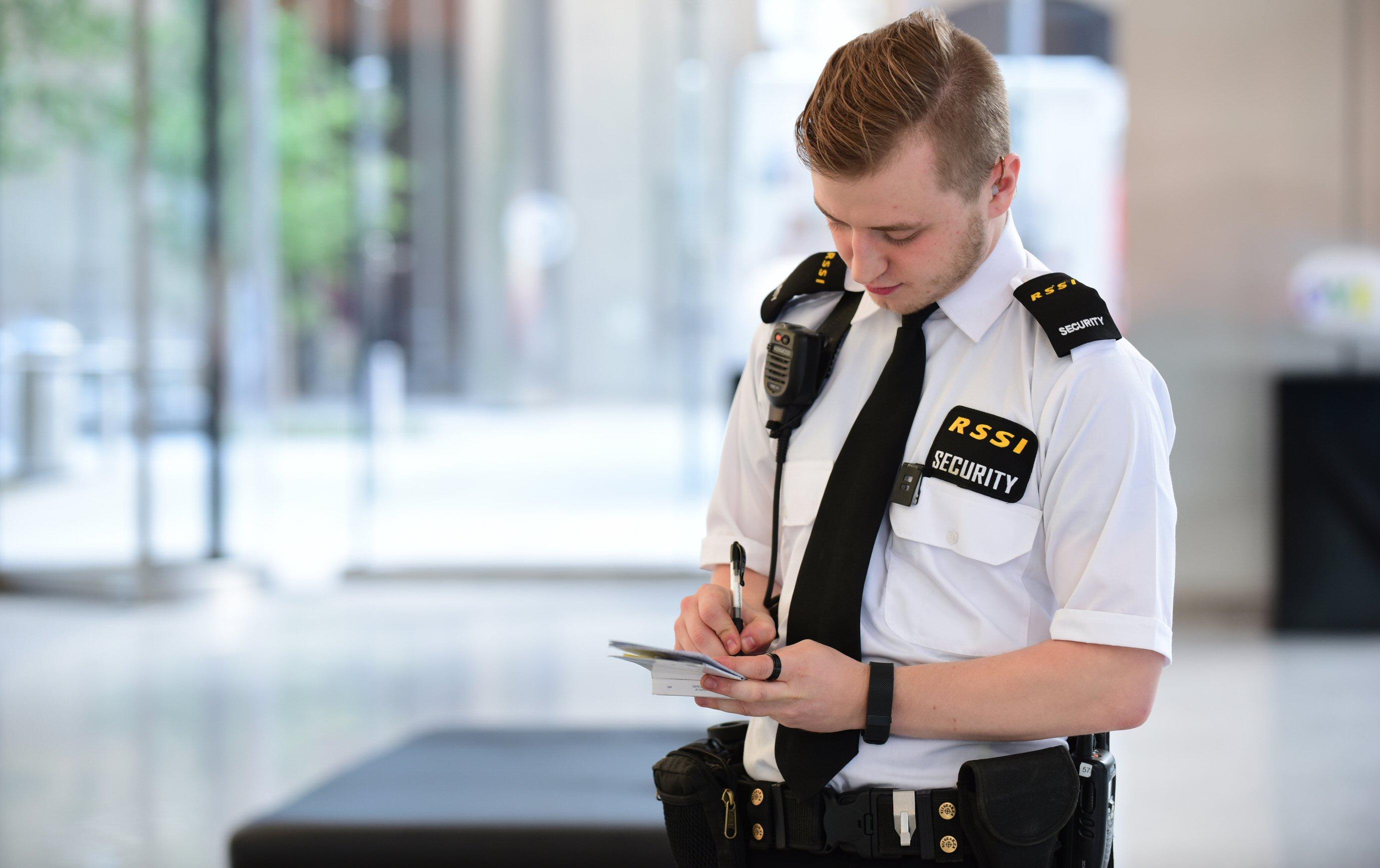 ngành dịch vụ bảo vệ chuyên nghiệp